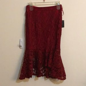 Lulu's midi lace skirt with flare